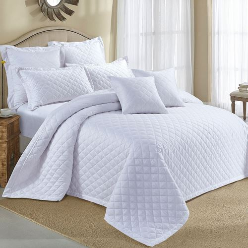 Picture of Oyster pearl bed spread set
