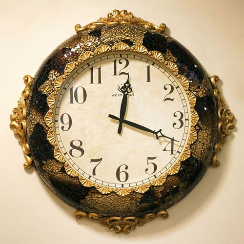 Picture of Vintage royal clock