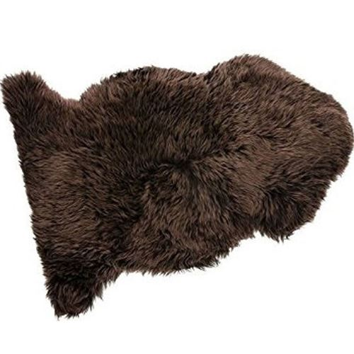 Picture of Brown snuggle rug 2