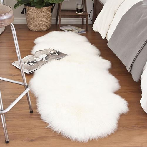 Picture of Cream snuggle rug