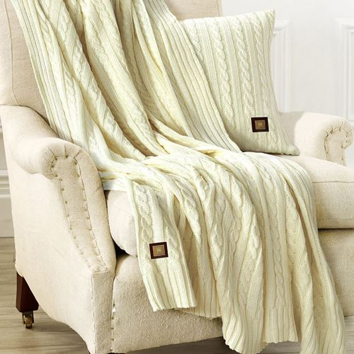 Picture of Woolen throw cream