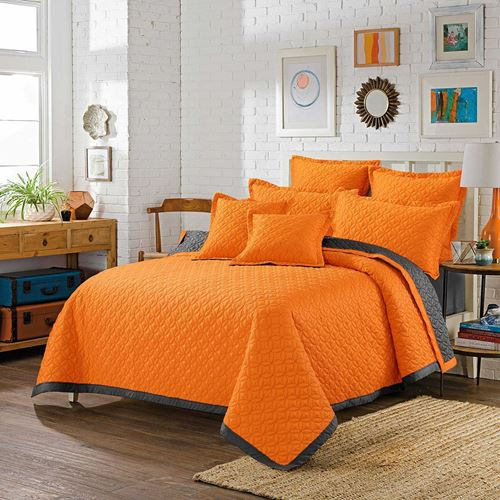 Picture of Cantaloupe bed spread