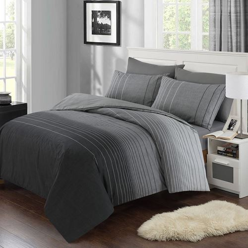 Picture of Monochrome duvet set