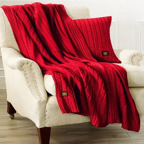 Picture of Woolen throw Red
